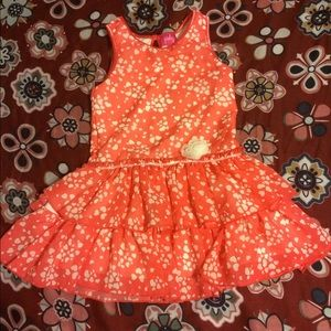Beautiful coral dress with hearts!